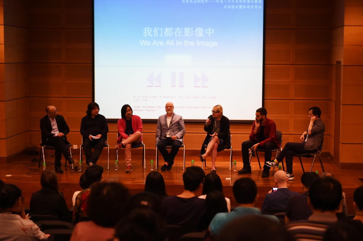 座谈会对话嘉宾(左起):冯博一、宋冬、厉槟源、哈恩·内夫肯斯、希尔德·提尔林克、阿拉什·纳西里、周滔 副本
