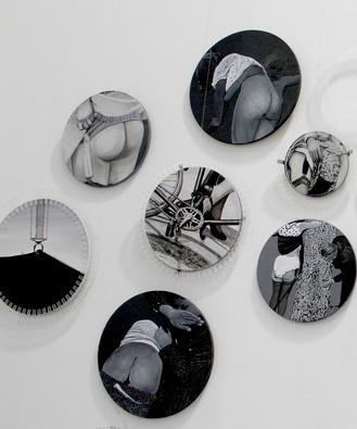 王海龙,2011年绘画装置 .尺寸可变 2011《不确定因素-爱你一万年》